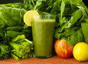 Glowing Green Smoothie for Glowing Clear Skin and Shiny Hair!