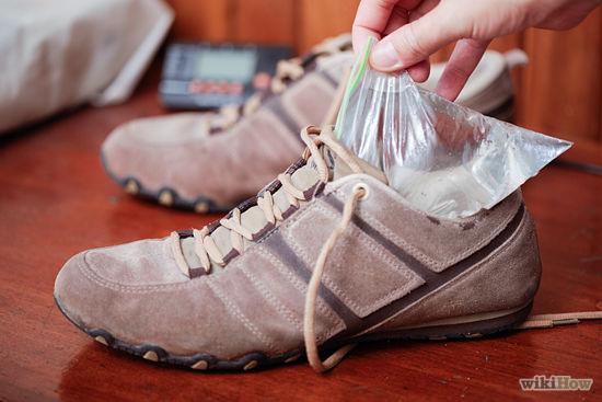 Как расширить обувь если жмет в домашних условиях